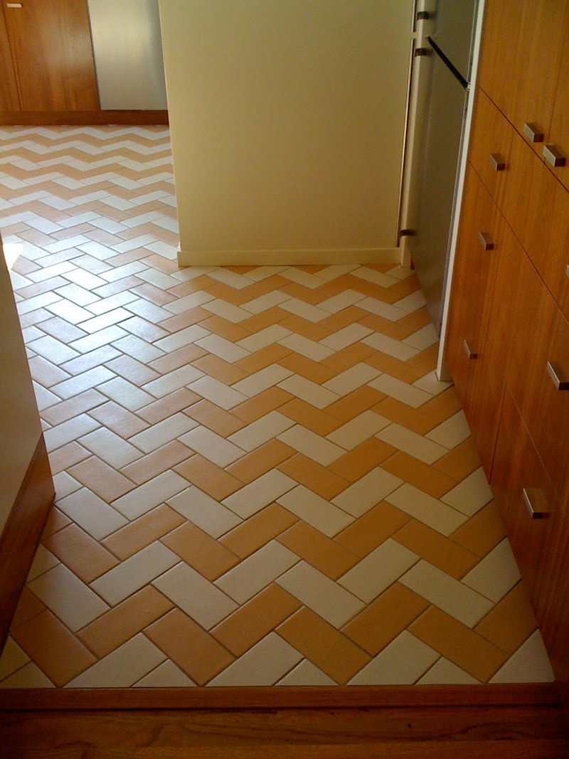 Supercozy Happy Herringbone Floor